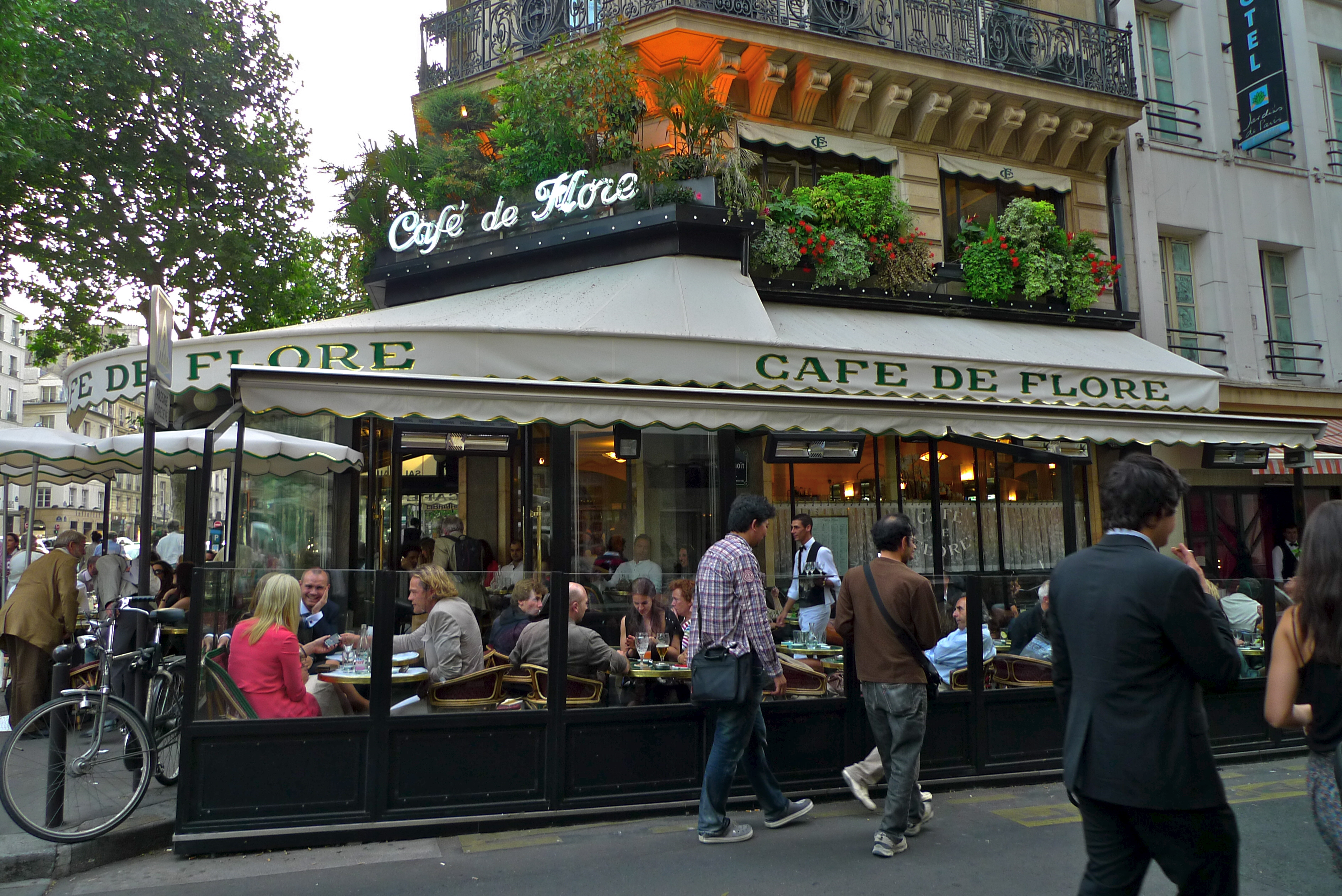 Cafe Le Bonaparte Paris