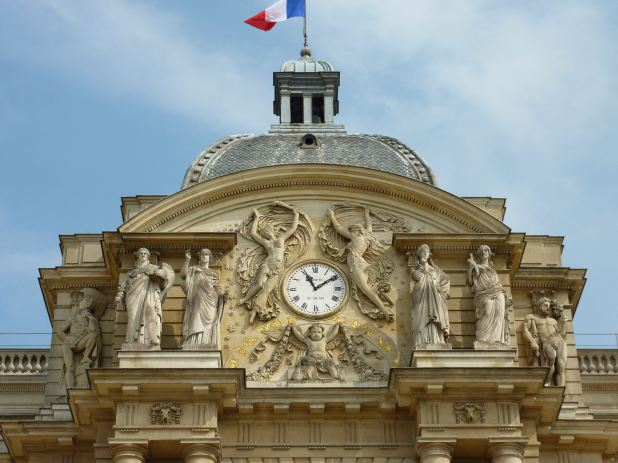 07 Horloge Palais de Luxembourg_with roof