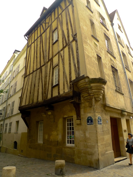 Rue du Grenier sur L'Eau