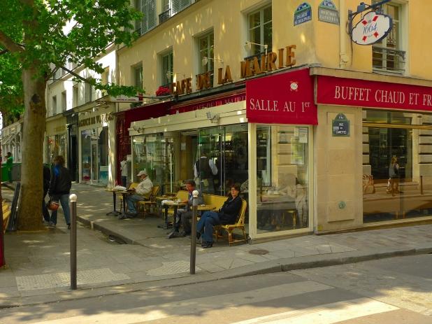 Place Saint Sulpice - Café de la Marie