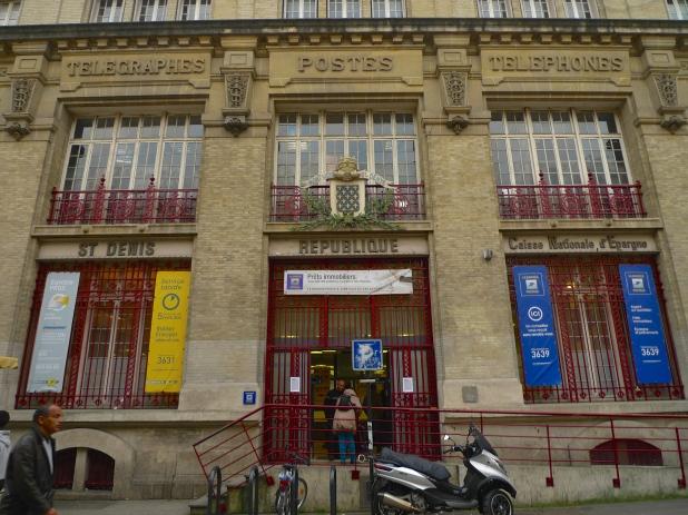 Saint-Denis - Rue de la Républic