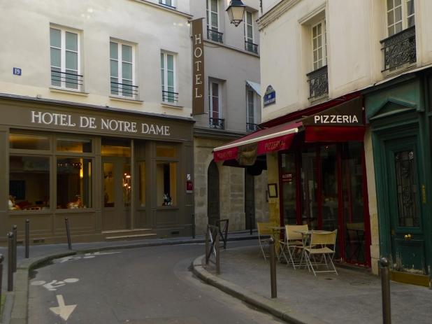 Rue Maitre Albert