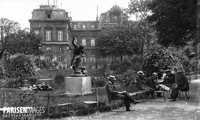 Le square du Temple. Paris (IIIème arr.), vers 1900.