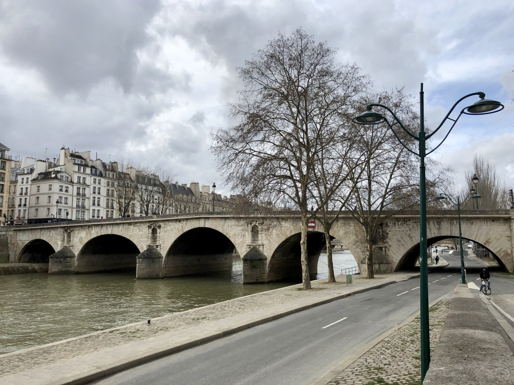 size 40 0a53c e8496 Pont Marie from the right bank of the Seine